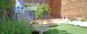 Les Cystes - Eingang und Garten